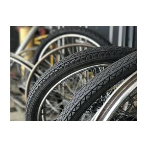 black rubber bicycle tires